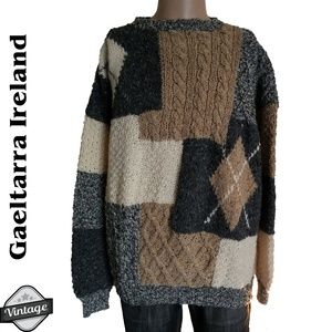 Gaeltarra Handknit in Ireland Colorblock Sweater